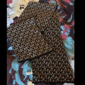 Michael Kors MK scarf